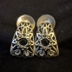 Jewelry - Silver and black earrings